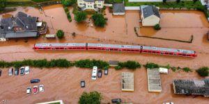 لحظات الكارثة في فيضانات أوروبا