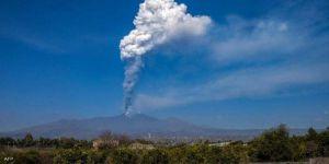 انفجار هائل لبركان جبل إتنا الإيطالي